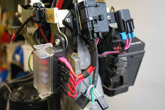 article_42_1331634548 article_42_1331634548 jpg Chevy Fuel Pump Wiring Harness at virtualis.co